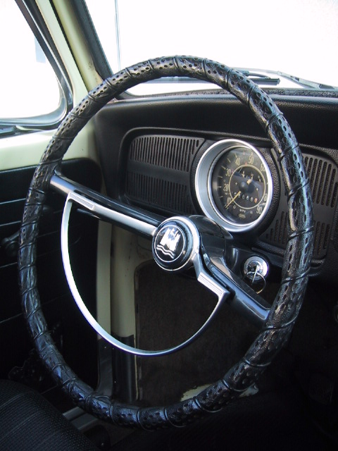 Steering Wheel Has That Quot Old Man Quot Style Cover On It
