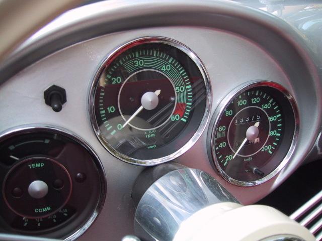 Manometros Porsche e Volante Nardi. 301%20007
