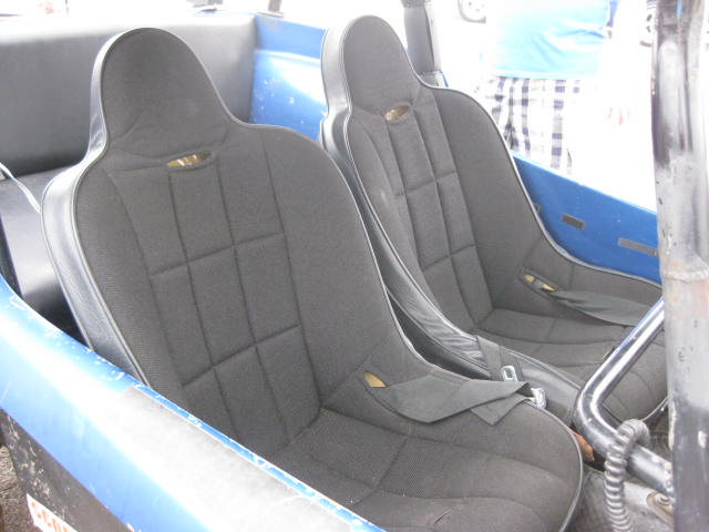 Another shot of the front seats.