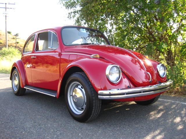 The Paint Quality Is Superb On This Car It Really Looks Amazing Up Close Far Nicer Than I Normally See A Late 60 S Beetle They Certainly Brought
