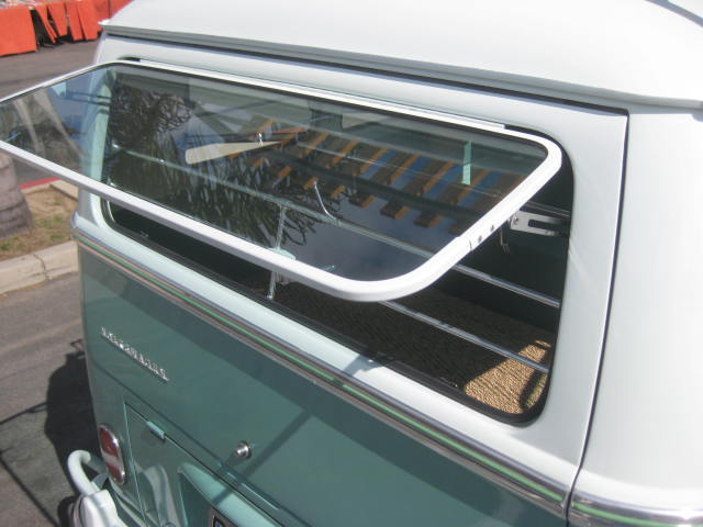 how to close windows in safari