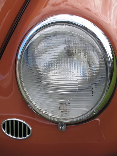 Fluted Euro Headlight Lenses These Actually Ear To Me Be Vw Bus For Beetle The Flutes Would Run Vertical But They Sure Look Nice On Here